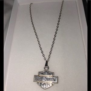 🎀 Harley Davidson Bar & Shield pendent on chain